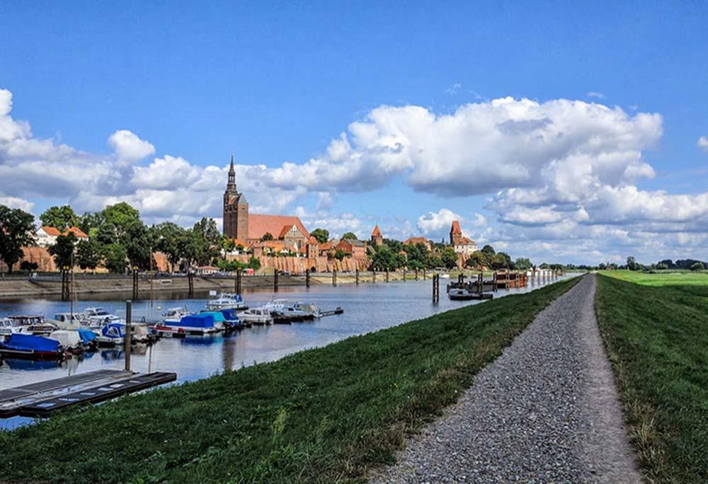 German Riverside Bike Paths Link Castles Towns And