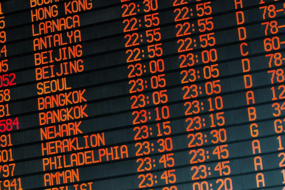 How to find on-time statistics on airline websites