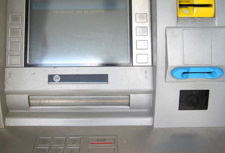 Sunday musings: Spotting credit card skimmers, laptop security exams, biz class bargains