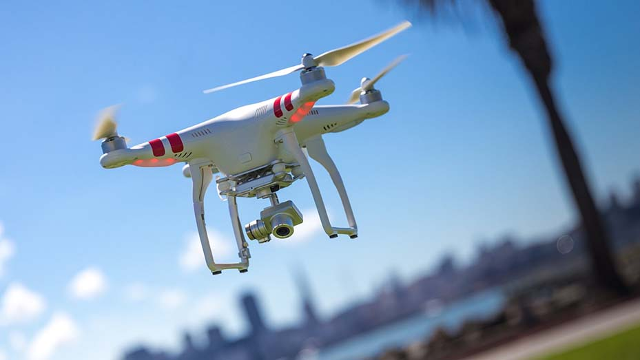 Unmanned aerial systems in US airspace need drone controls