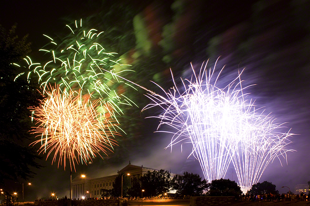 16 ways to make your fireworks photos better