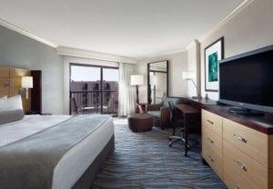 hotel lies