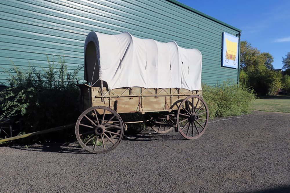 Quilt Barn Trail: A Quaint and Colorful Tour Through Oregon History