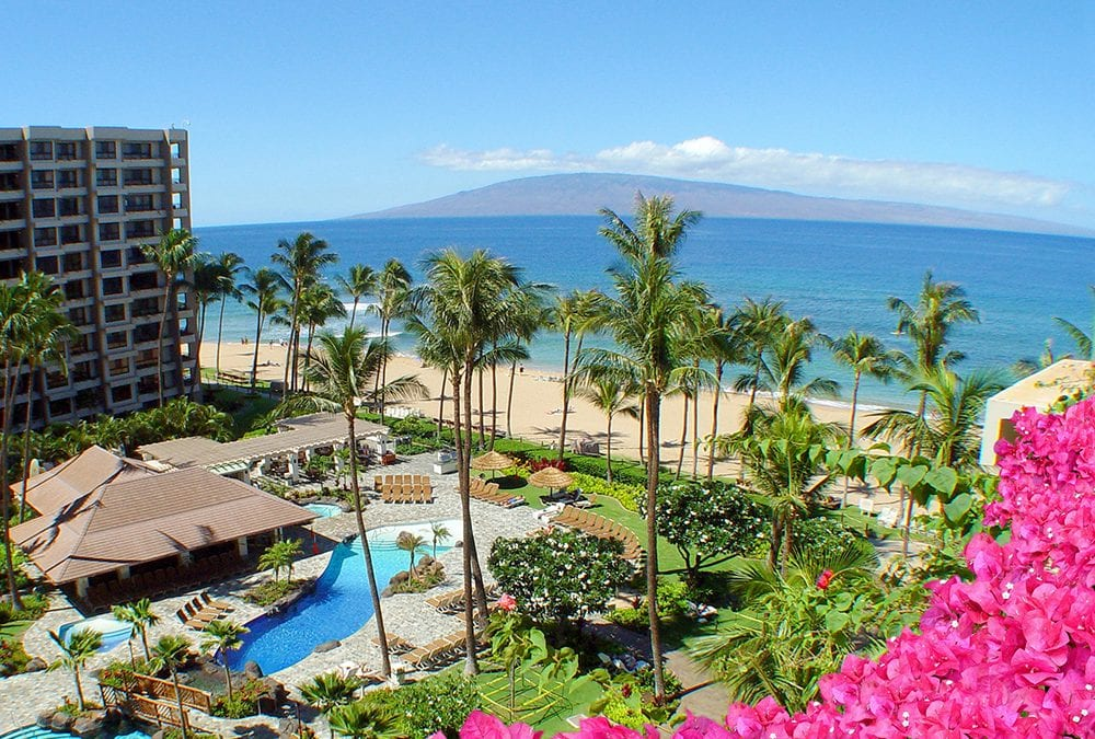 5 ways a more expensive hotel in Hawaii can save you money.