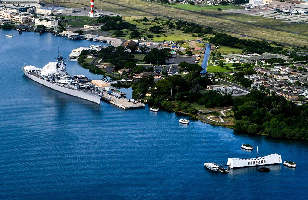 How to see Pearl Harbor from the air, over water, and under the sea