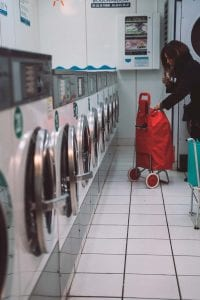 clean clothes while traveling