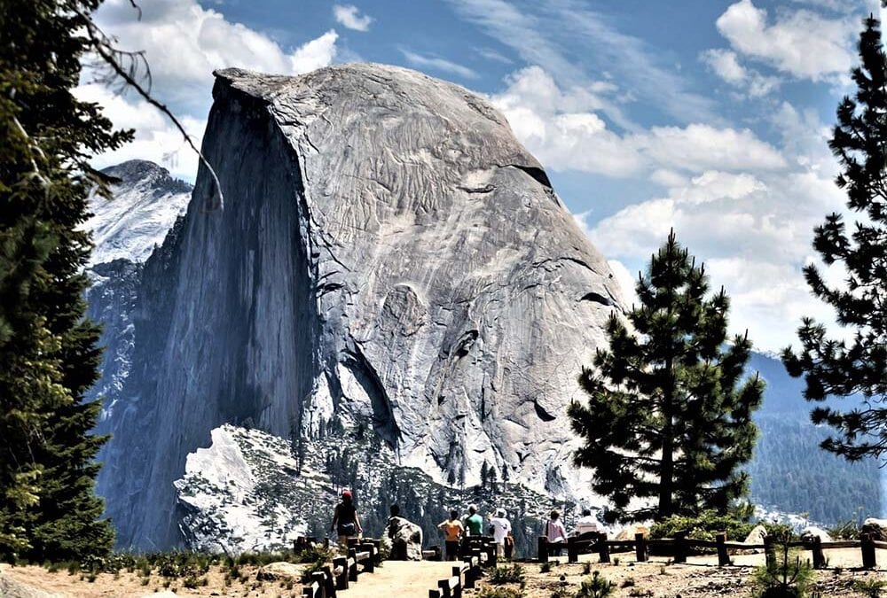 Yosemite National Park provides a multitude of panoramic overlooks
