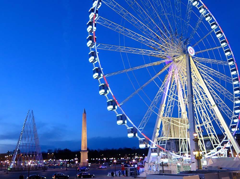 4 reasons to visit Paris now